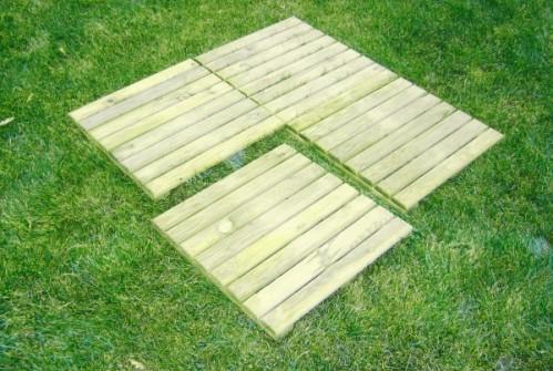 Drewniany podest ogrodowy 50cm x 50cm